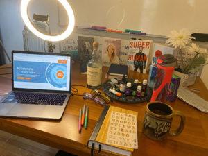 Nichole Desk